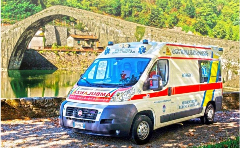 30 aprile - Inaugurazione della nuova ambulanza
